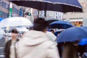 梅雨シーズンに役立つ洗濯物のにおい対策まとめ